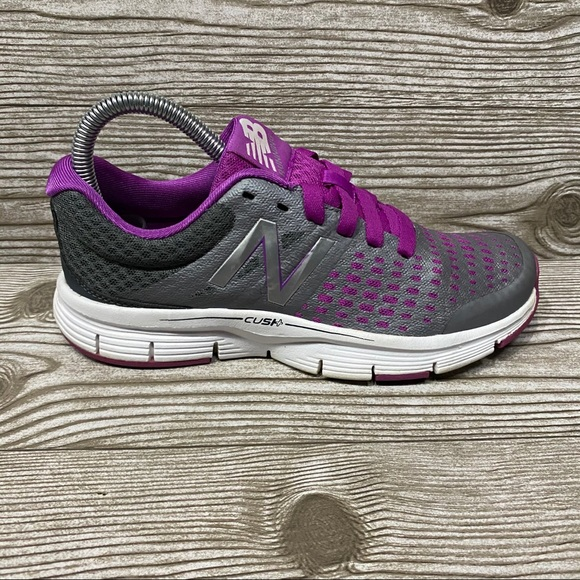 New Balance 775 Running Shoes Size 6